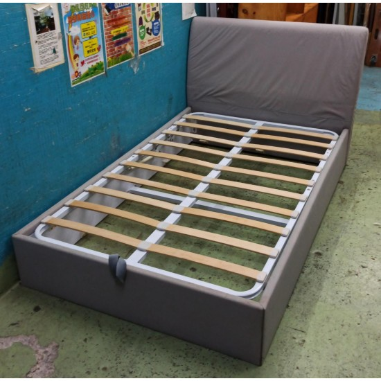 4 FOOT BED