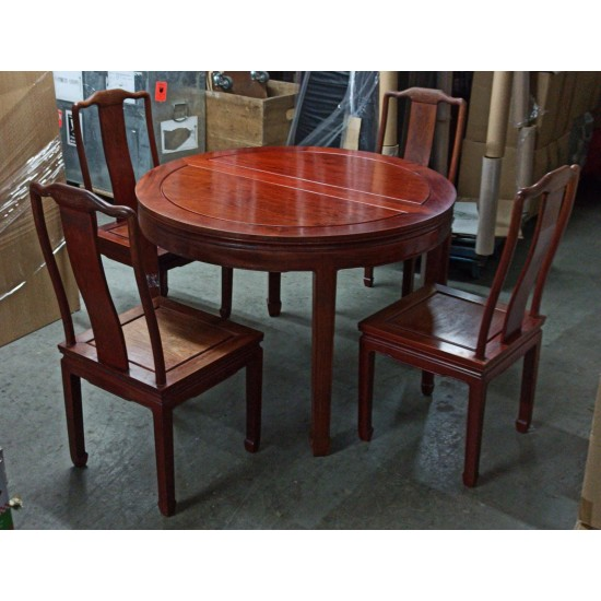 * TABLE WITH 4 CHAIRS
