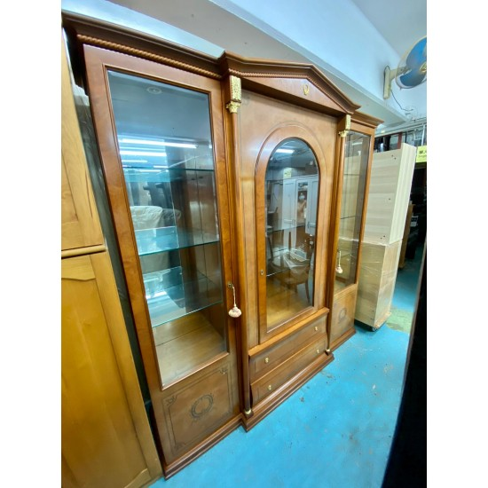 Cabinet - glass doors with keys (Made in Italy)  (85% NEW)  (SOLD)